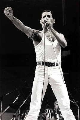 England Photograph - Entertainmentmusic. Live Aid Concert by Popperfoto