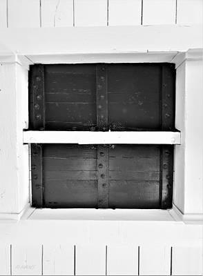 Photograph - Escape Hatch by Rob Hans
