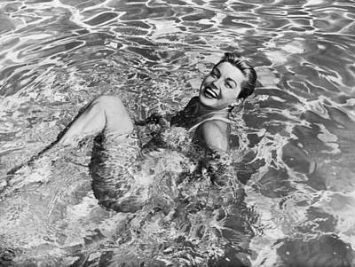 Photograph - Esther Williams In Swimming Pool by Bettmann