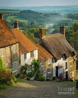 Photograph - Evening In Shaftesbury by Brian Jannsen