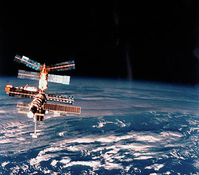 Photograph - Exterior View Of 10-yr-old Russian Space by Time Life Pictures