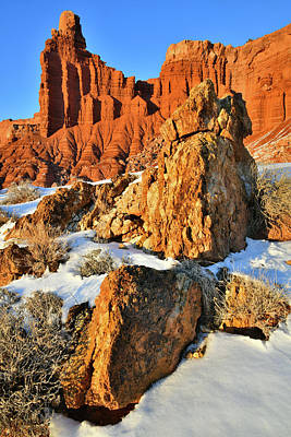 Photograph - Fading Light On Chimney Rock In Capitol Reef by Ray Mathis