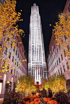 Photograph - Fall At Rockefeller Center by Jacqui Boonstra