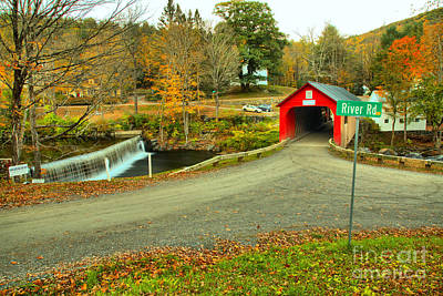 Photograph - Fall Foliage At Green River Vilage by Adam Jewell