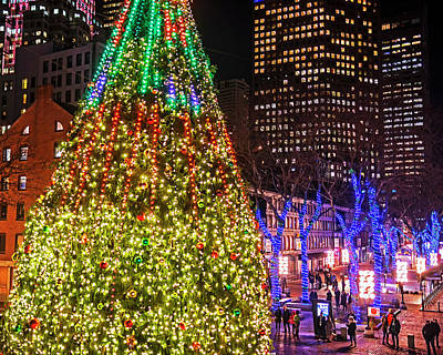 Photograph - Faneuil Hall Christmas Tree 2018 Boston Ma by Toby McGuire