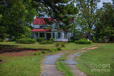 Photograph - Farm House On Liberty Highway by Dale Powell