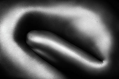 Figurative Photograph - Female Nude Silver Oil Close-up 3 by Johan Swanepoel