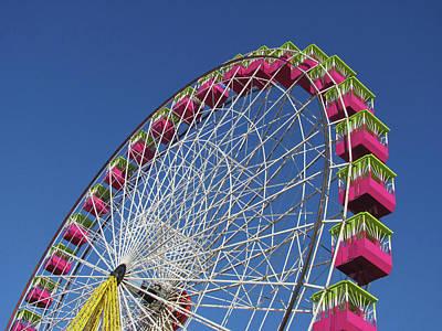 Photograph - Ferris Wheel by Www.eldiecisiete.com - Belen De Benito
