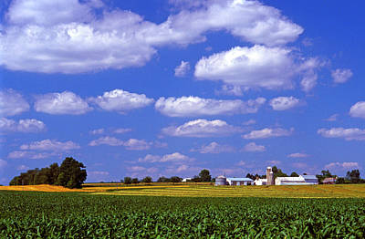 Photograph - Fertile Pennsylvania Farm Land by Paul W Faust -  Impressions of Light