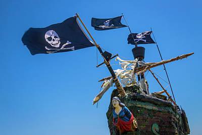 Photograph - Figurehead On Black Flag Pirate Ship by Garry Gay