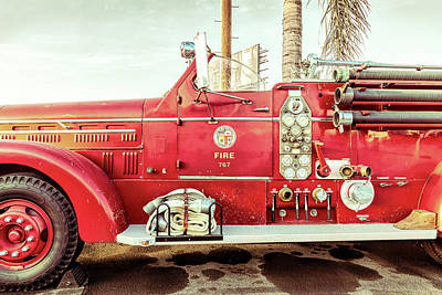 Photograph - Fire Engine 767 by Gene Parks