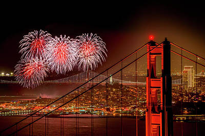 Firework At San Francisco, California Art Print by Spondylolithesis