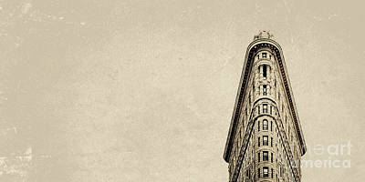 Photograph - Flatiron by RicharD Murphy