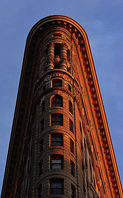 Target Threshold Watercolor - Flatiron Building by Elliot Mazur