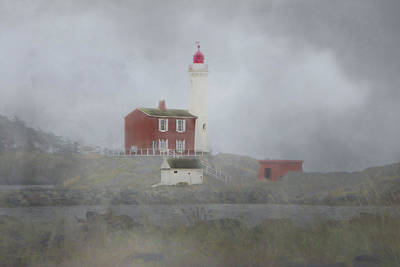 Photograph - Fisgard Lighthouse 2 by Marilyn Wilson