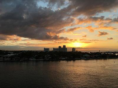 Photograph - Fort Lauderdale Sunrise by Anne Sands