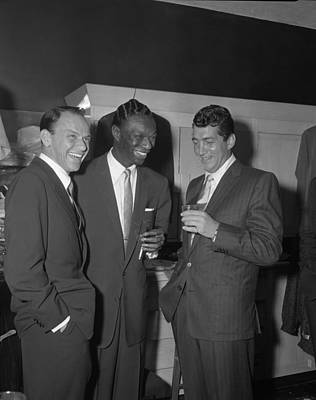 Photograph - Frank Sinatra by Bettmann