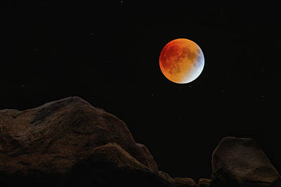 Photograph - Full Blood Moon, Lunar Eclipse 1 by Michael Hubley