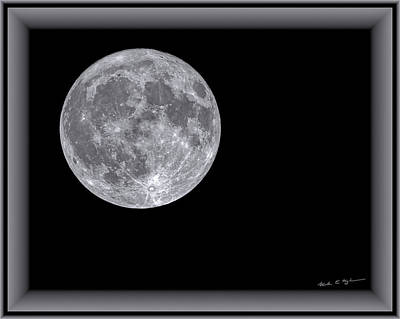 Photograph - Full Moon H1853 by Mark Myhaver