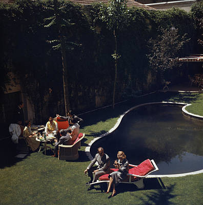 Drinking Photograph - Garden In Madrid by Slim Aarons
