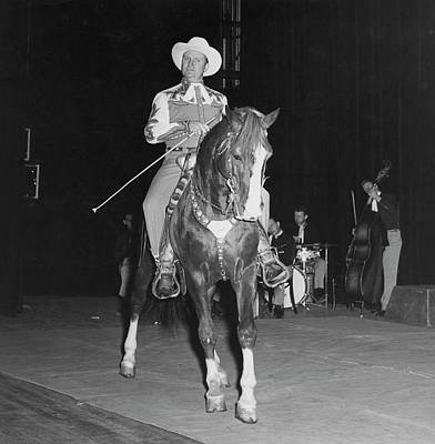 Photograph - Gene Autry by Pictorial Parade