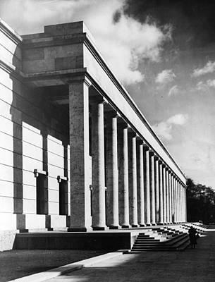 Photograph - German Art Museum by Fox Photos