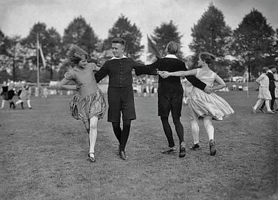 Photograph - German Folk Dance by Archive Photos