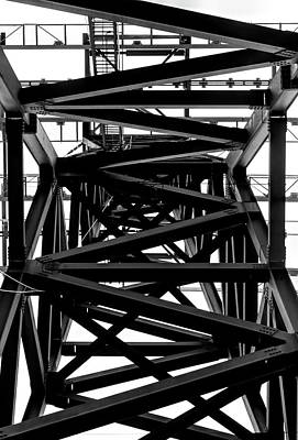 Photograph - Girders - Pylon Roosevelt Avenue Tram by Robert Ullmann