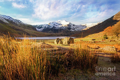 Photograph - Glyder Fawr And Llyn Ogwen by Ian Mitchell