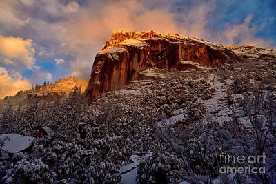 Photograph - Golden Mountaintop At Yosemite by Bipul Haldar
