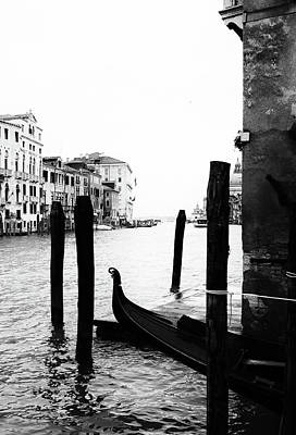 Photograph - Grand Canal In Venice Italy by Georgia Fowler