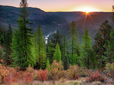 Photograph - Grande Ronde Sunrise by Leland D Howard