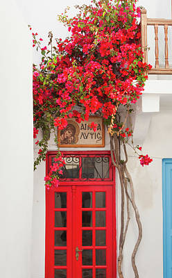 Mykonos Photograph - Greece, Cyclades Islands, Mykonos by Tetra Images