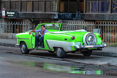 Photograph - Green And White Taxi by Tom Singleton