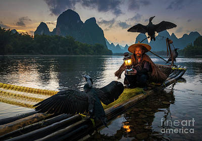 Photograph - Guilin Fisherman by Inge Johnsson