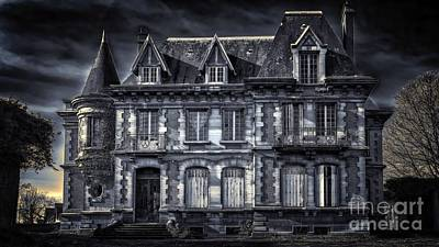 Impressionist Landscapes - Halloween Haunted Castle Gloomy Old Villa Ultra HD by Hi Res
