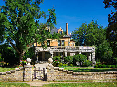Photograph - Hambley Wallace House by Daniel Brinneman