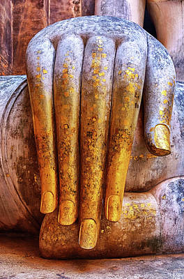Photograph - Hand Of Phra Achana by Fabrizio Troiani