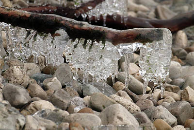 Photograph - Hanging Ice Forms On Stone Beach by David T Wilkinson