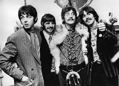 England Photograph - Happy Hearts Club by John Pratt