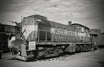 Photograph - Hartford And Slocomb Railroad 913 B W 1 by Joseph C Hinson Photography
