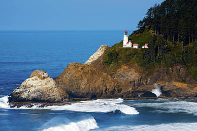 Photograph - Heceta Head Lighthouse 122618 by Rospotte Photography