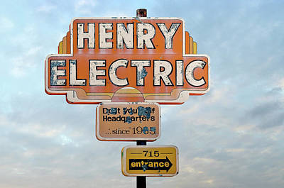 Henryt Electric Neon Sign Original