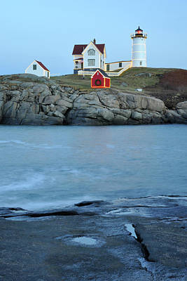 Photograph - Holiday Nubble On The Rocks by Luke Moore