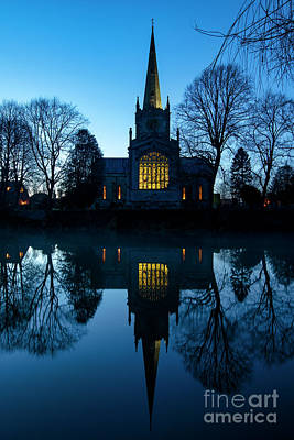 Photograph - Holy Trinity Church On A Christmas Night by Tim Gainey