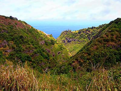 Photograph - Honoapiilani Highway - Maui by Glenn McCarthy Art and Photography
