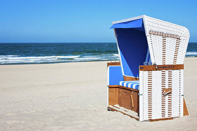 Lounge Chair Photograph - Hooded Beach Chair - Sylt by Cinoby