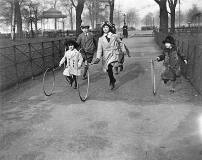Hyde Park Wall Art - Photograph - Hoop Racing by Topical Press Agency