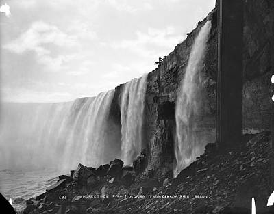 Photograph - Horseshoe Falls by The New York Historical Society