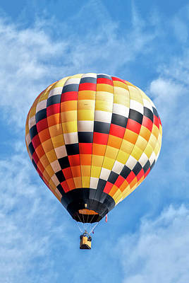 Photograph - Hot Air Balloon by Gordon Ripley